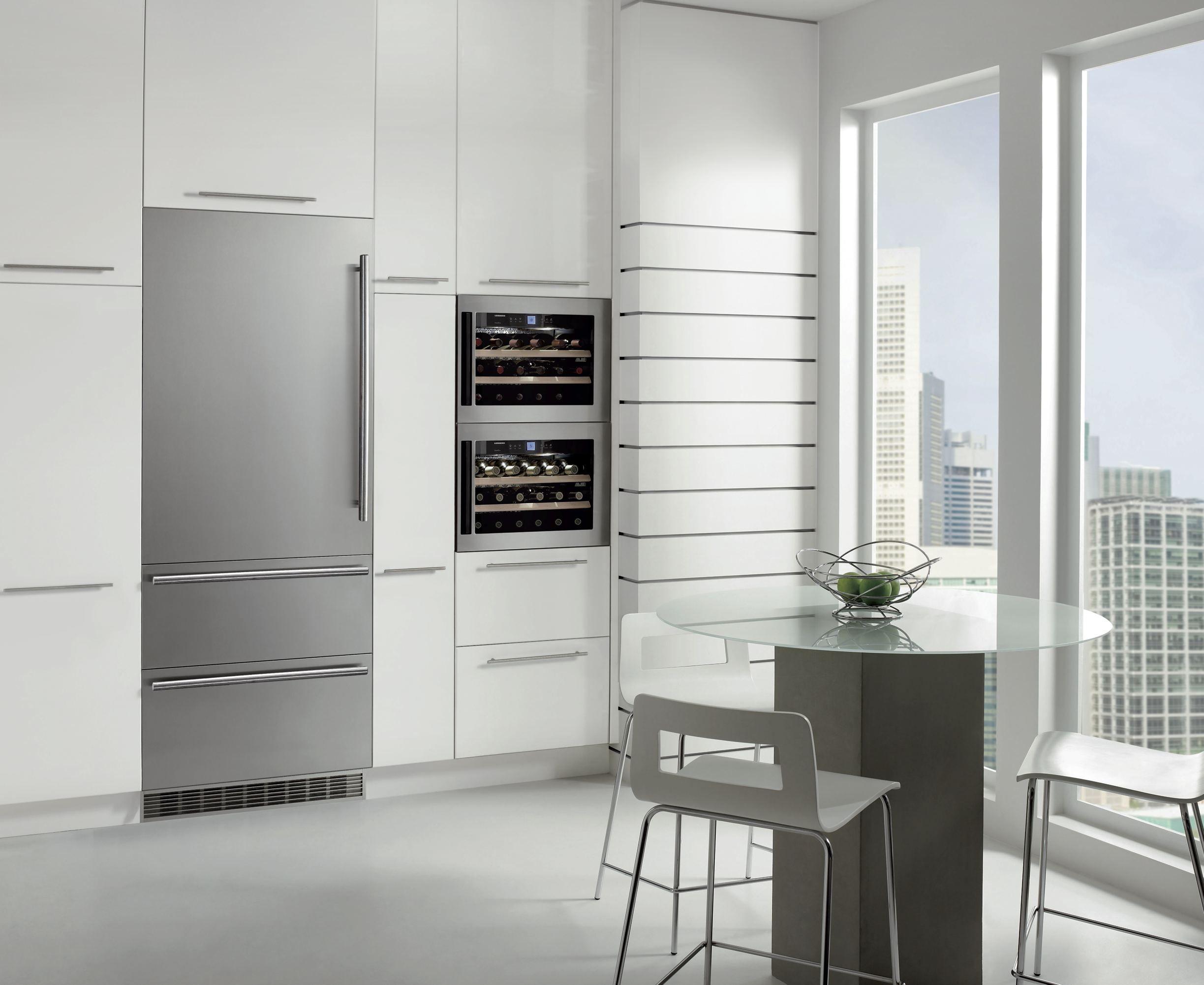 правила размещения холодильника в кухне